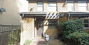 Normanby Close, SW15