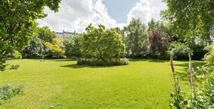 Queen's Gate Gardens, SW7