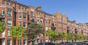 Albany Mansions, Albert Bridge Road, SW11