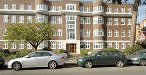 The Downs, SW20