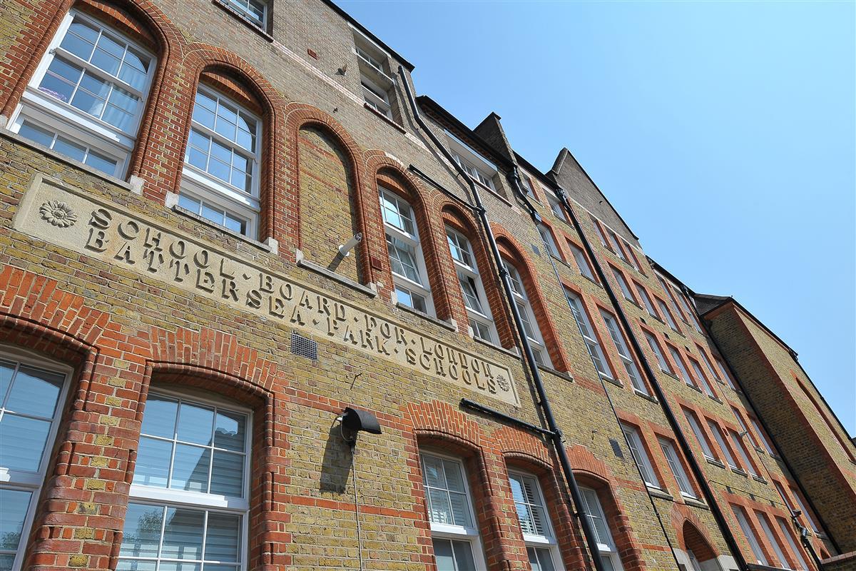 Old Chesterton Building Battersea Park Road Sw