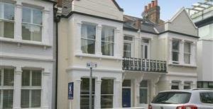 Glendarvon Street, SW15