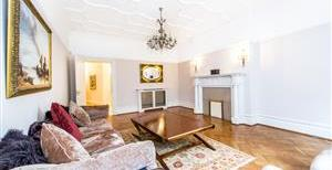 Oakwood Court, Abbotsbury Road, W14