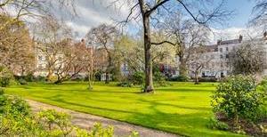 Kensington Square, W8