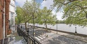 Chelsea Embankment, SW3