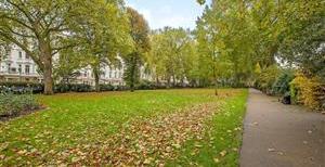 St. George's Square, SW1V