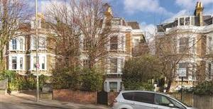 West Hill Road, SW18