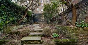 Earls Court Gardens, SW5