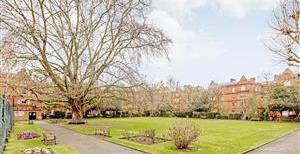 Queen's Club Gardens, W14