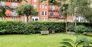 Oakwood Court, W14
