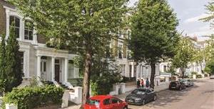 Blenheim Crescent, W11