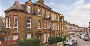Tremadoc Road, SW4